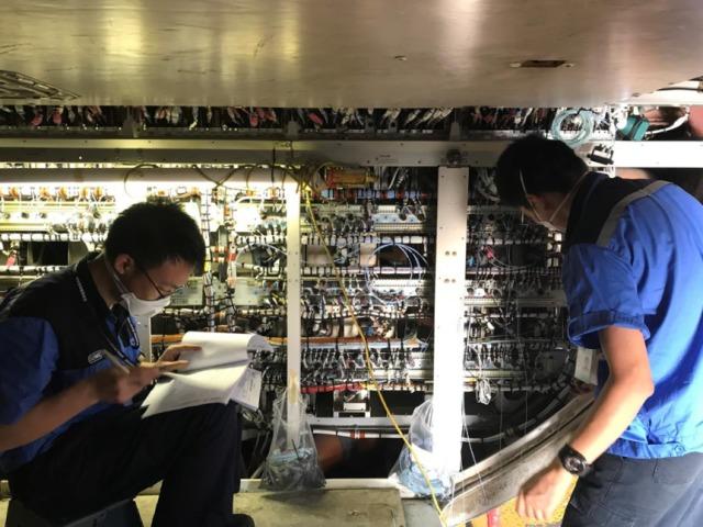 ニュース画像 1枚目:深圳航空の換装作業
