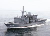 ニュース画像:潜水艦救難艦「ちよだ」と掃海管制艇「ながしま」、宇野港で一般公開