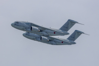 空自C-2がパリ・エアショー参加 P-1も展示で2機種揃い踏みの画像