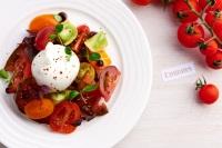 ニュース画像:エミレーツ、イチゴやマンゴーなど季節のフルーツを夏メニューで提供