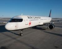 ニュース画像:エア・カナダ、エア・トランザットを買収へ 約5億2,000万ドル