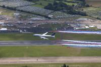 ニュース画像 3枚目:ブリティッシュ・エアウェイズ 747とレッドアローズ