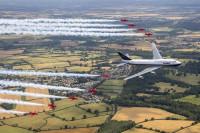 ニュース画像 6枚目:ブリティッシュ・エアウェイズ 747とレッドアローズ