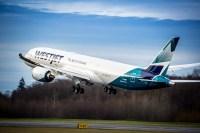 ニュース画像:ウェストジェット、冬スケジュールの新規、増便路線を発表