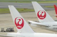 ニュース画像:JALのお盆期間の予約率、国内線は80.2%、国際線は88.8%