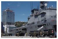 ニュース画像:水陸機動団、第1ヘリコプター団がパプアニューギニア国防軍と防衛交流
