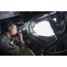 ニュース画像 2枚目:KC-135ストラトタンカーから操作する空中給油機