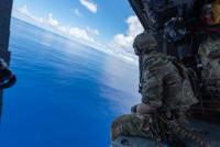 ニュース画像 2枚目:第31救難飛行隊 HH-60Gペイブホークも訓練を実施