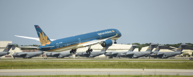 ニュース画像 1枚目:ベトナム航空 787-10