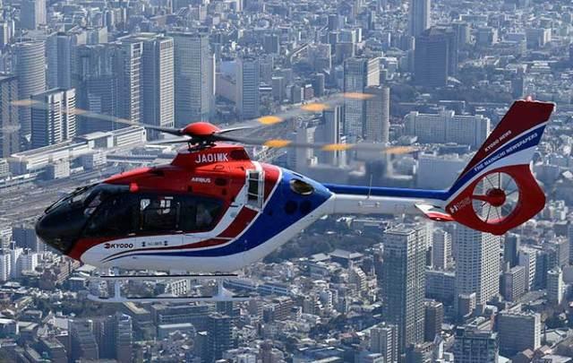 ニュース画像 1枚目:毎日新聞社 本社ヘリコプター
