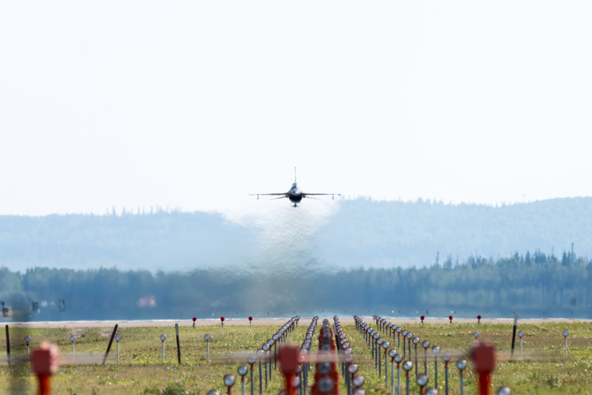 ニュース画像 1枚目:F-16ファイティングファルコン