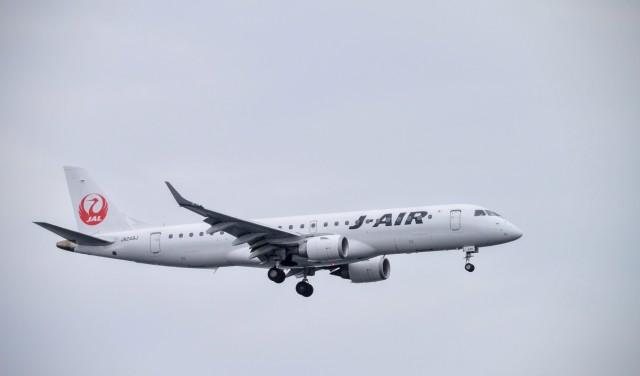ニュース画像 1枚目:ジェイ・エア ERJ-190