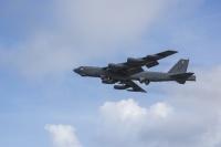 ニュース画像:アメリカ空軍B-52H、パラオ近海で漂流した漁船の捜索救難を支援