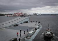 ニュース画像:イギリス海軍、空母「クイーン・エリザベス」がカナダを歴訪