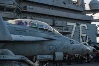 ニュース画像:アメリカ海軍、岩国飛行場で空母着艦訓練取得訓練 9月15日から