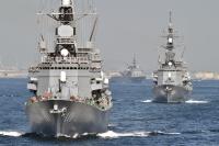 ニュース画像:観艦式、参加艦艇46隻・航空機40機 US-2が参加 ブルーも登場