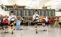 ニュース画像:ミュンヘン空港、ドイツビールの祭典「オクトーバーフェスト」開催