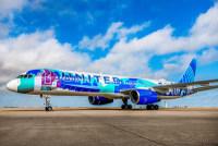 ニュース画像:ユナイテッド航空、女性アーティストによる機体デザインの757を公開