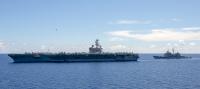 ニュース画像 3枚目:ロナルド・レーガンとミサイル巡洋艦チャンセラーズビル