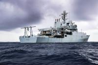 ニュース画像:英測量艦エンタープライズ、ゆうぎりがホストシップ てるづきとも演習