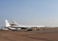 ニュース画像:ロシア空軍、Tu-160などが南アフリカを訪問