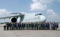ニュース画像:空自C-2、ミャンマー寄航でミャンマー空軍と部隊間交流