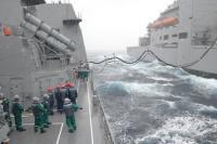ニュース画像:護衛艦「ふゆづき」と「かが」、洋上補給や自衛隊統合演習に参加