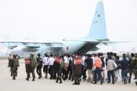 ニュース画像 1枚目:C-130H輸送機を使用した邦人移送訓練