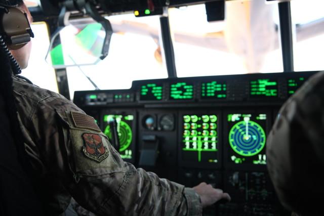 ニュース画像 1枚目:MC-130Jコクピット