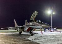 ニュース画像:ロシア海軍、艦載機MiG-29が北極圏で夜間飛行訓練
