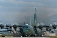 ニュース画像:自衛隊、オーストラリア森林火災に国際緊急援助活動 C-130H出発