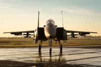ニュース画像:ミサイル満載のF-15SA ステルス機にない搭載量をアピール