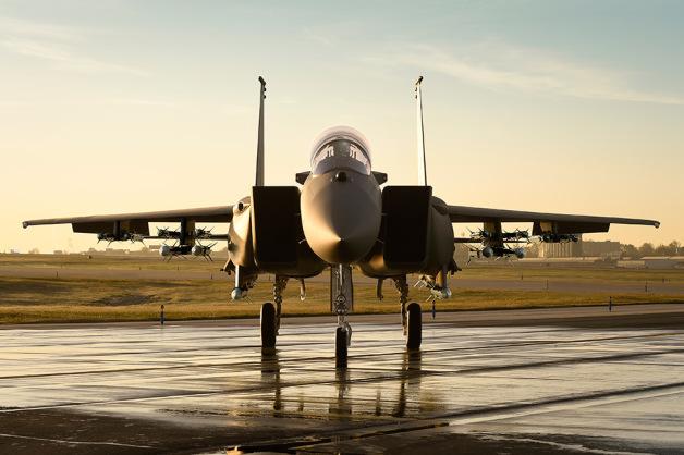 ニュース画像 1枚目:AIM-120とAIM-9Xを各8基搭載したF-15SA