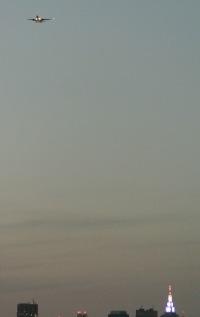 羽田新ルート、都心通過の試験運用はじまる 「機体大きいが静か」の画像