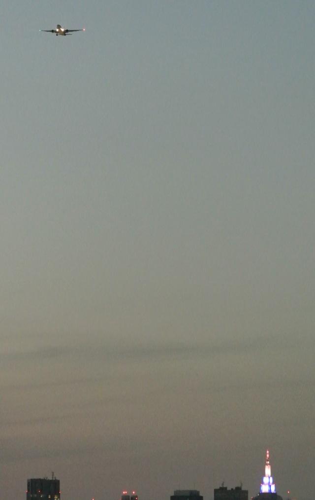 ニュース画像 1枚目:品川駅付近から新宿方面を見た時の高度