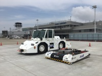 ニュース画像:ANA、佐賀空港で自動運転トーイングトラクター試験運用