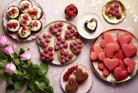 ニュース画像:エミレーツ航空、機内やラウンジでバレンタインの特別デザートを提供