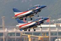 ニュース画像:中国空軍の八一飛行表演隊、シンガポール・エアショーで展示飛行