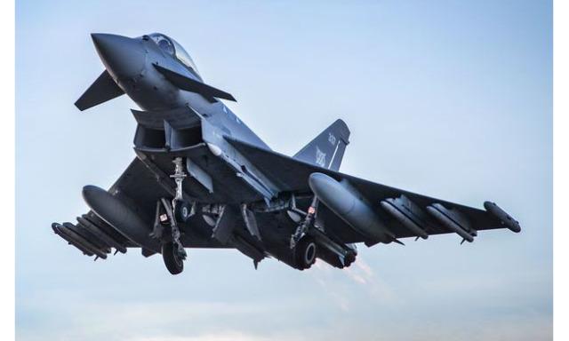 ニュース画像 1枚目:ユーロファイター・タイフーン戦闘機