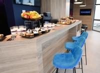 ニュース画像:ブダペスト空港、招待制の「Tungsramラウンジ」がオープン