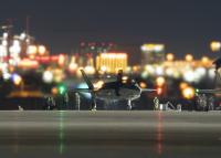 「ゴールドラッシュの街」と高価格の戦闘機の画像