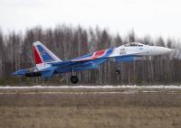 ニュース画像:アクロバットチーム「ロシアン・ナイツ」、Su-35Sが飛行開始