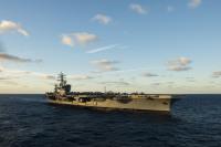 ニュース画像:ドワイトD.アイゼンハワー空母打撃群、ノーフォーク海軍基地を出港