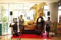 ニュース画像:宮崎空港、名古屋城金シャチの実物大レプリカ展示とお披露目セレモニー