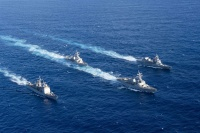 ニュース画像:すずなみとさわぎり、アメリカ海軍アンティータムなどと日米共同訓練
