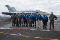 ニュース画像:F/A-18E、シャルル・ド・ゴールに史上初着艦 アイクと相互運用