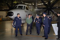 ニュース画像:河野防衛相、3月15日に三沢基地で初輸出E-2Dを視察 F-35Aも