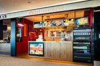 ニュース画像:羽田第2ターミナルに3月29日「シュマッツ・ビア・スタンド」開店