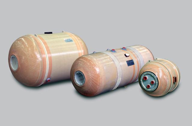 ニュース画像 1枚目:横浜ゴムが供給する飲料水用ウォータータンク