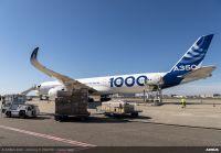 A350-1000試験飛行機、中国からマスク空輸の画像